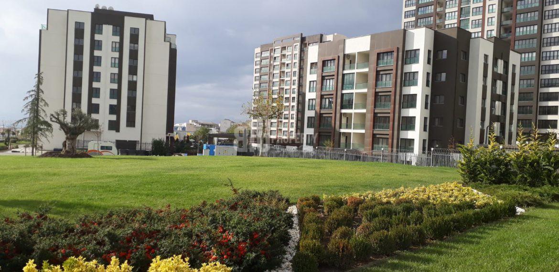 Luxury apartments for sale with wonderful green area in Istanbul Beylikduzu