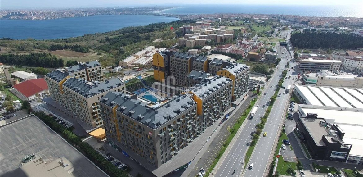 1-Magnificent Lake and Canal view family aparments for sale in Avcilar İstanbul