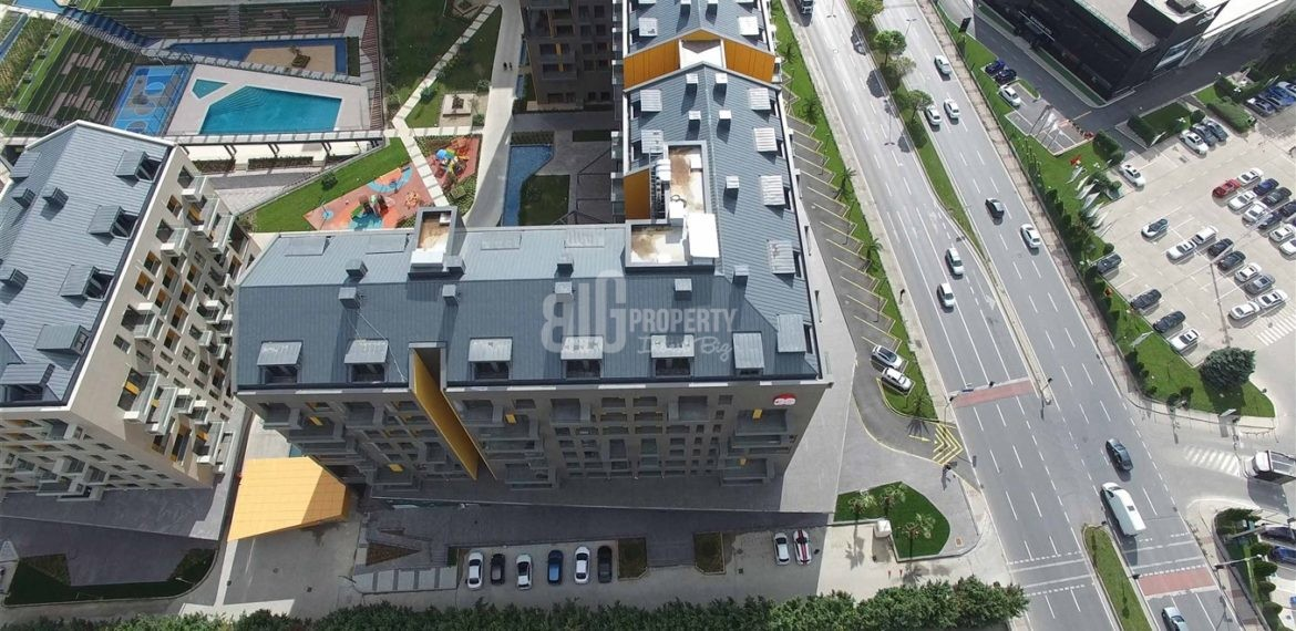 Magnificent Lake and Canal view family homes for sale in İstanbul