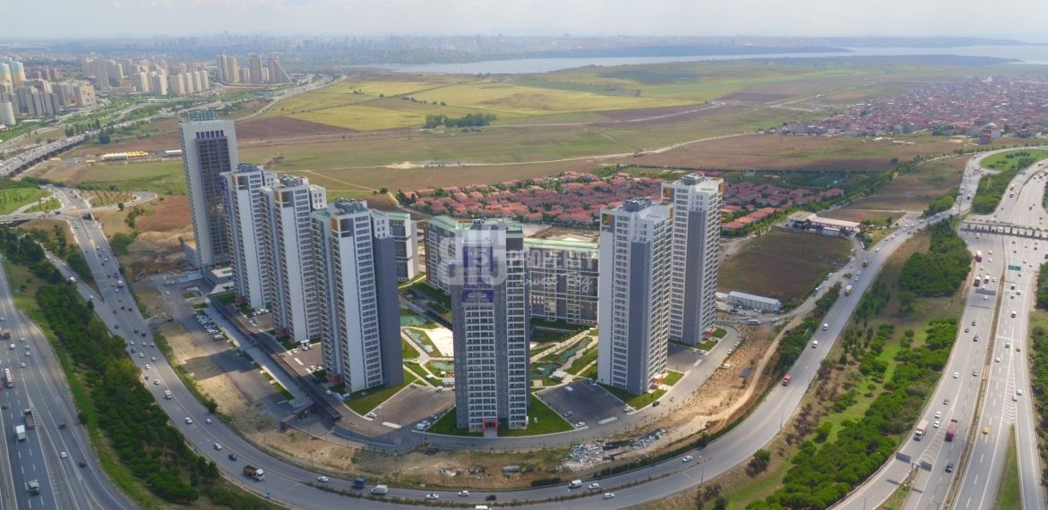 Horizantal lake view canal istanbul properties with best price quarantee İstanbul Avcilar