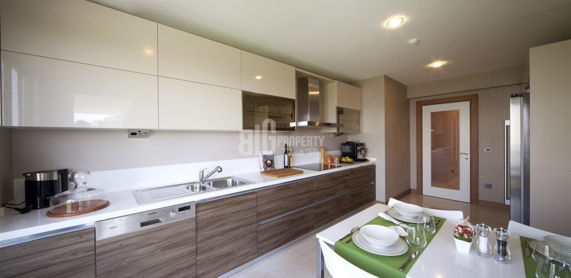 The Most Beautiful canal istanbul flat for sale in Kucukcekmece İstanbul