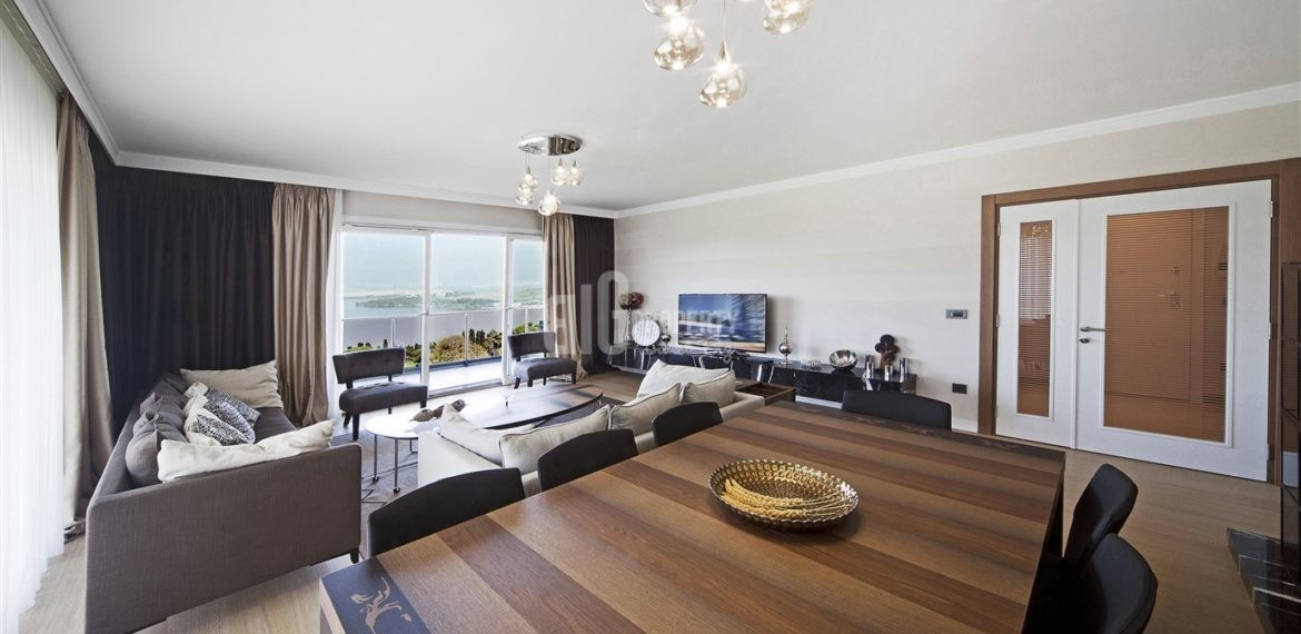 The Most Beautiful canal istanbul residence for sale in Kucukcekmece İstanbul
