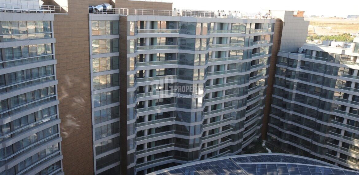 5 stars hotel comfortable apartment close to E-5 for sale Basin Ekspres Way İstanbul