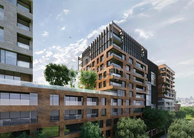 Big flats for sale at city center with amazing green area in Istanbul Fatih
