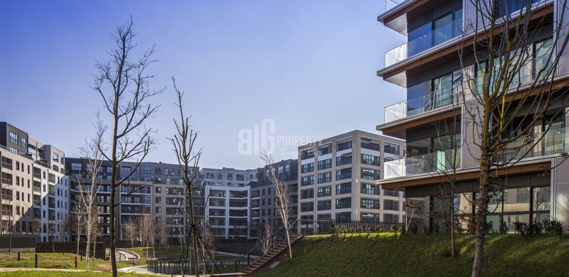 -Asian Side High quality family properties with sea view for sale in Kartal İstanbul