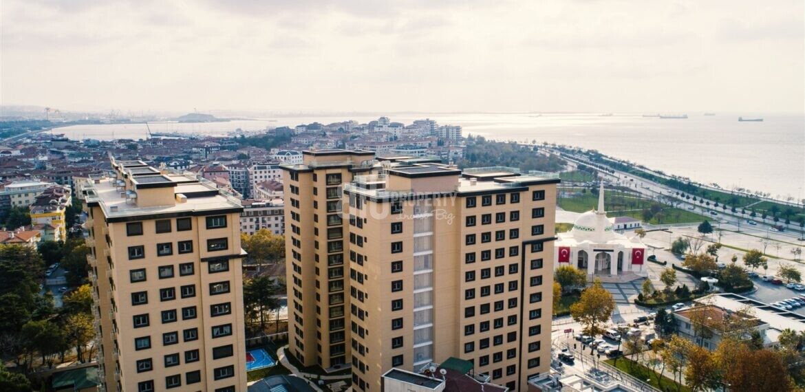 luxirious apartmentS for sale seafront for sale Pendik İstanbul