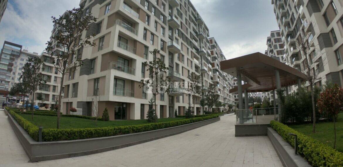 İstanbul West side apartments for sale with resale price connected metrobus in Beylikduzu