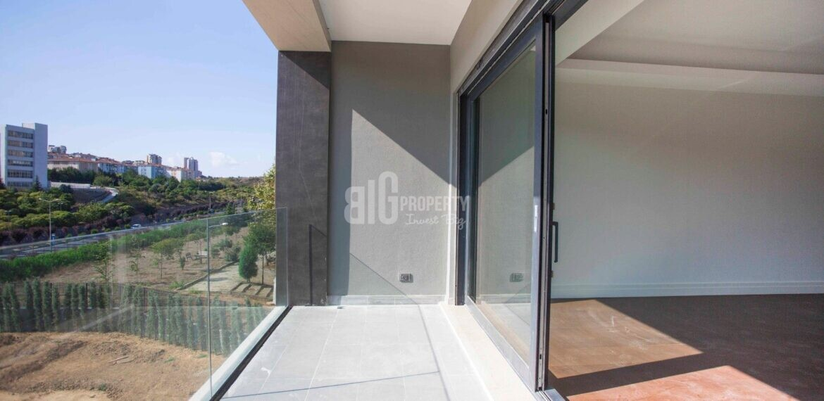 Citizenship one building properties ready to move for sale Basaksehir Istanbul