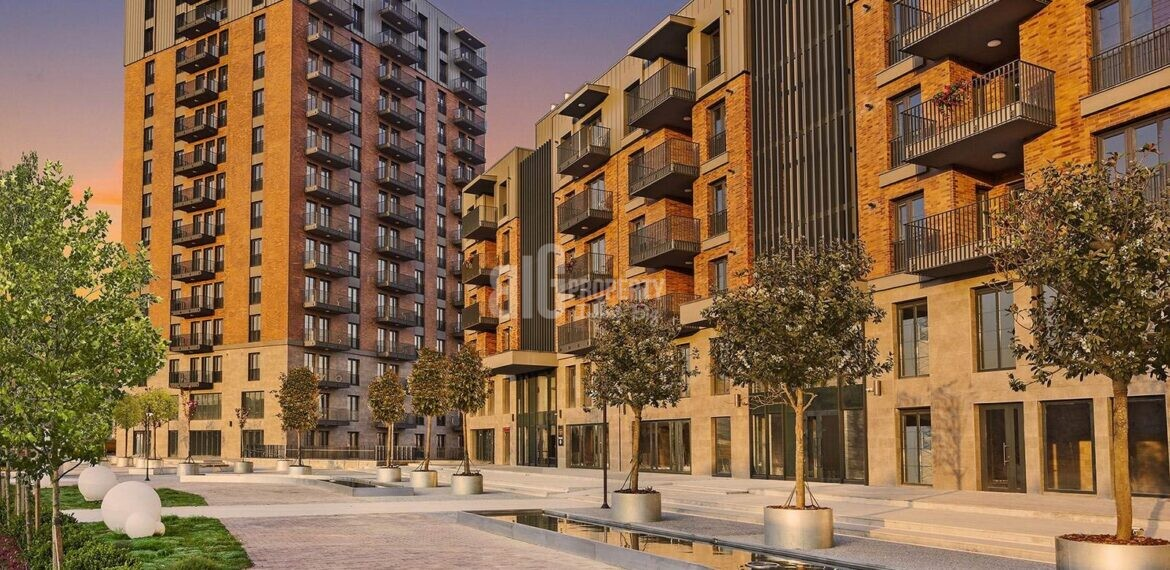buy in Istanbul Financial Center insvestment and living properties for sale atasehir istanbul