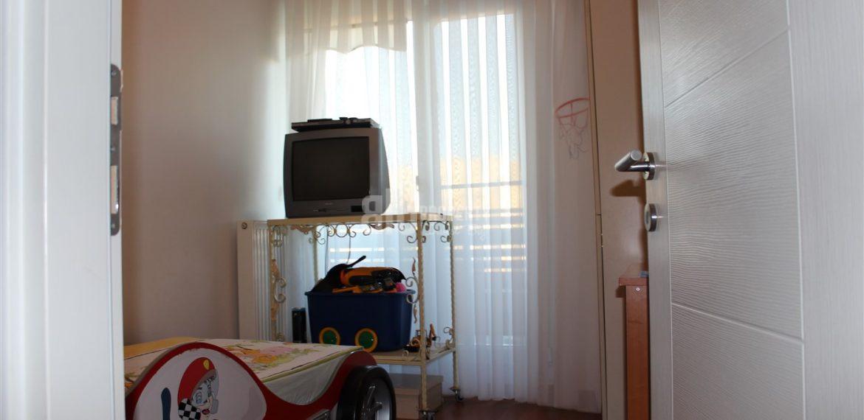 Dumankaya konsept horizontal arthitectural family property childroom with green garden