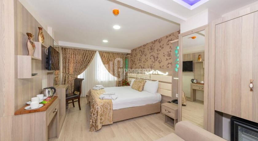 New Hotel in the infamous district for sale in Istanbul Taksim square